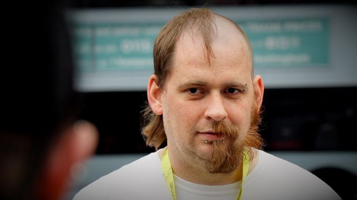 Nottingham bus drivers shave off half their hair