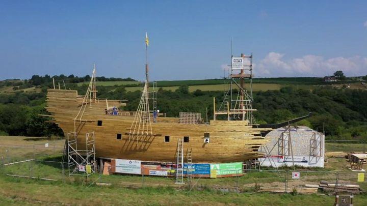 Replica Mayflower built to be burned in Great Torrington
