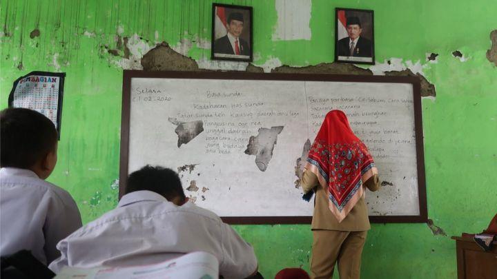 Ruang Kelas Sekolah Dasar Di Indonesia Cerita Dari Foto Jusuf