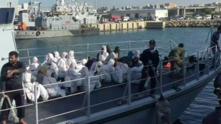 Migrants die as boat capsizes off Libya