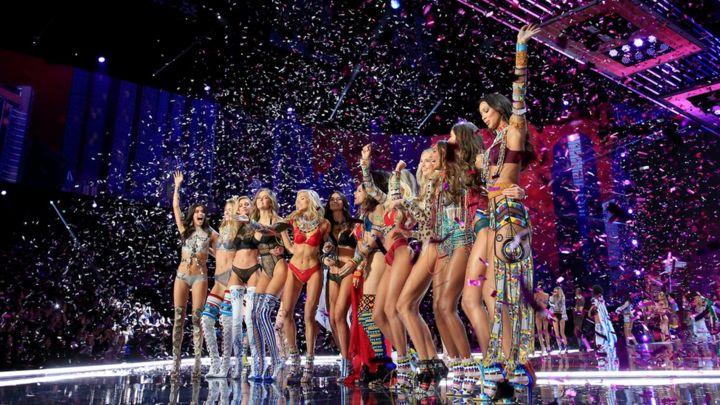 440ab5c09f Victoria s Secret  sorry  for transgender model comments - BBC News