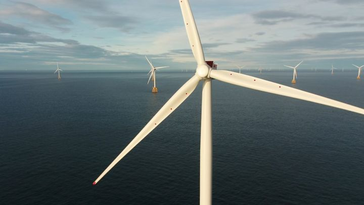 Last turbine installed one of world's largest offshore wind farms