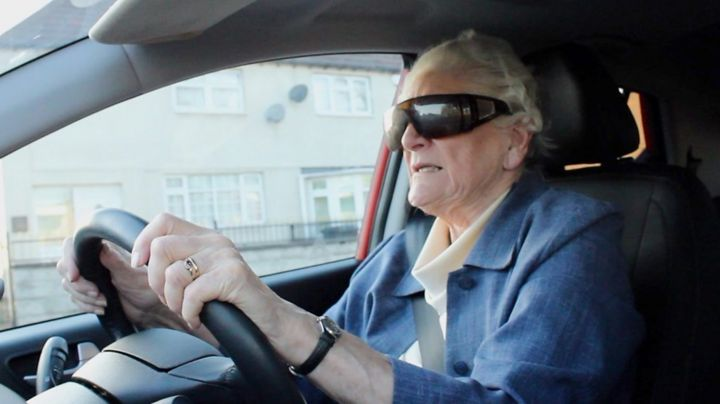 Older drivers: Woman, 86, aces advanced driving test