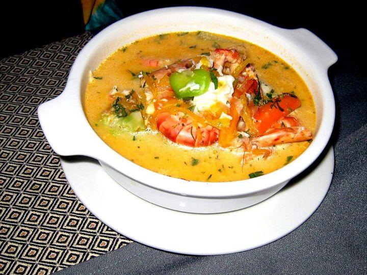 ¿Cómo el chupe de camarones se convirtió en el plato emblemático de Arequipa, una ciudad a 120 kilómetros del mar?