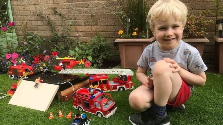 Whaley Bridge: Boy recreates dam drama with toys