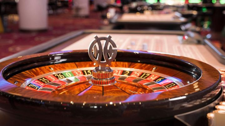 Genting Casinos closures put 1,600 jobs at risk - BBC News