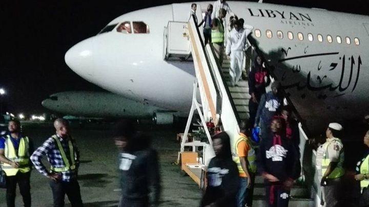 Nigeria: 242 Nigerians don land from Libya - BBC News Pidgin