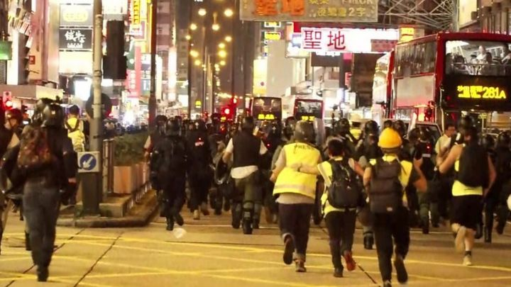 Hong Kong: 'The riot police are running in'
