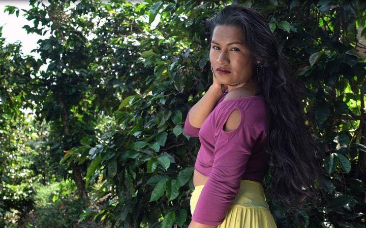 Especial BBC Mundo: Santuario, el conservador pueblo que se convirtió en el refugio de las indígenas transgénero en Colombia