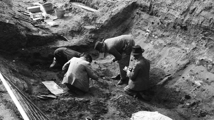 Sutton Hoo: Display collects together photos of one of archaeology's 'greatest finds'