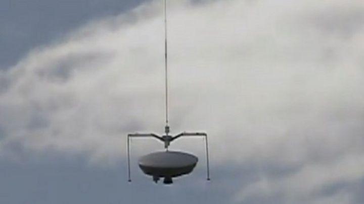 Nasa 'flying saucer' tests Mars tech