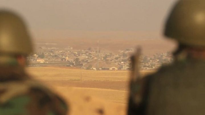 US air strike supports Iraqi troops under attack