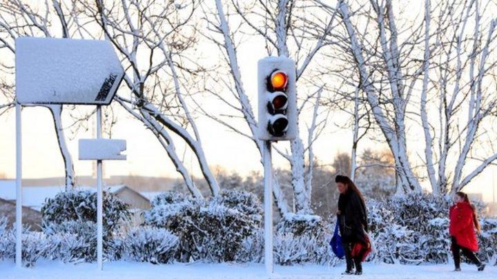 More snow forecast after schools close across Scotland