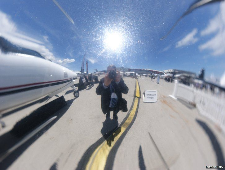 Reflection in a propeller nosecone