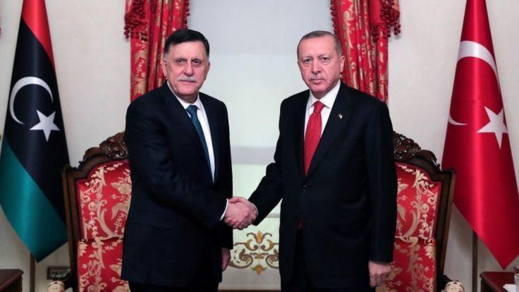 Глава временного правительства Ливии Фаиз Сарадж с президентом Турции Реджепом Эрдоганом