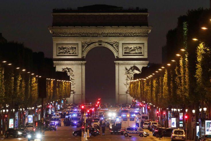تیراندازی در پاریس