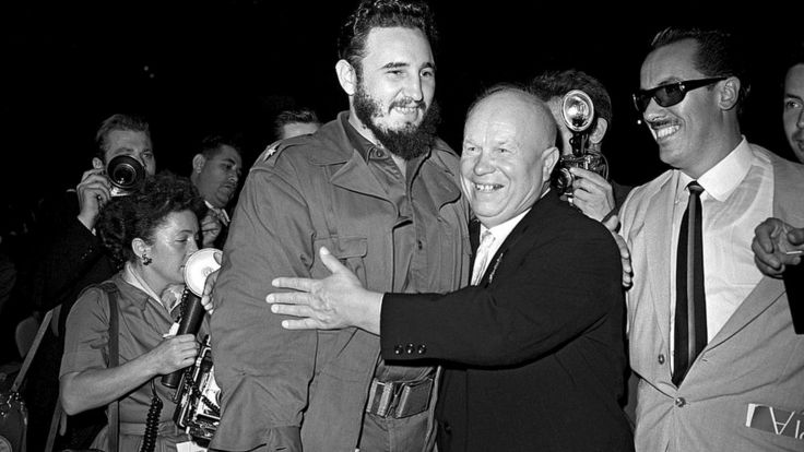 Никита Хрущев и Фидель Кастро на заседании 15-й Генеральной Ассамблеи ООН