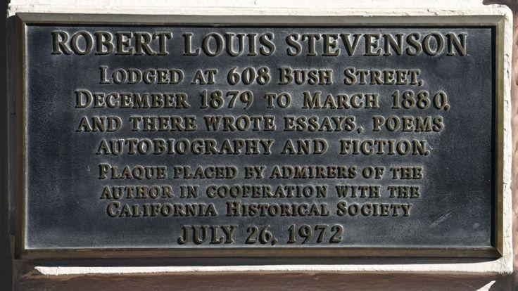 Доска на стене отеля Bush Street в Cан Франциско, где останавливался Роберт Льюис Стивенсон