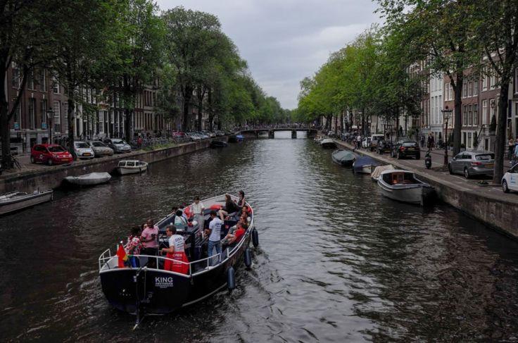 Un canal de Ámsterdam
