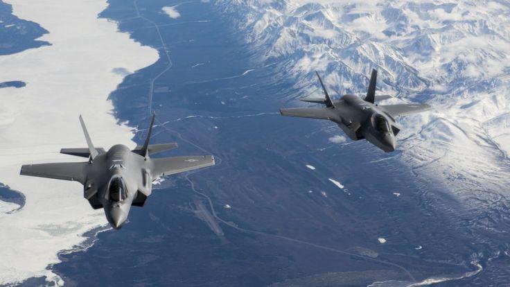 Два истребителя F-35A Lightning II