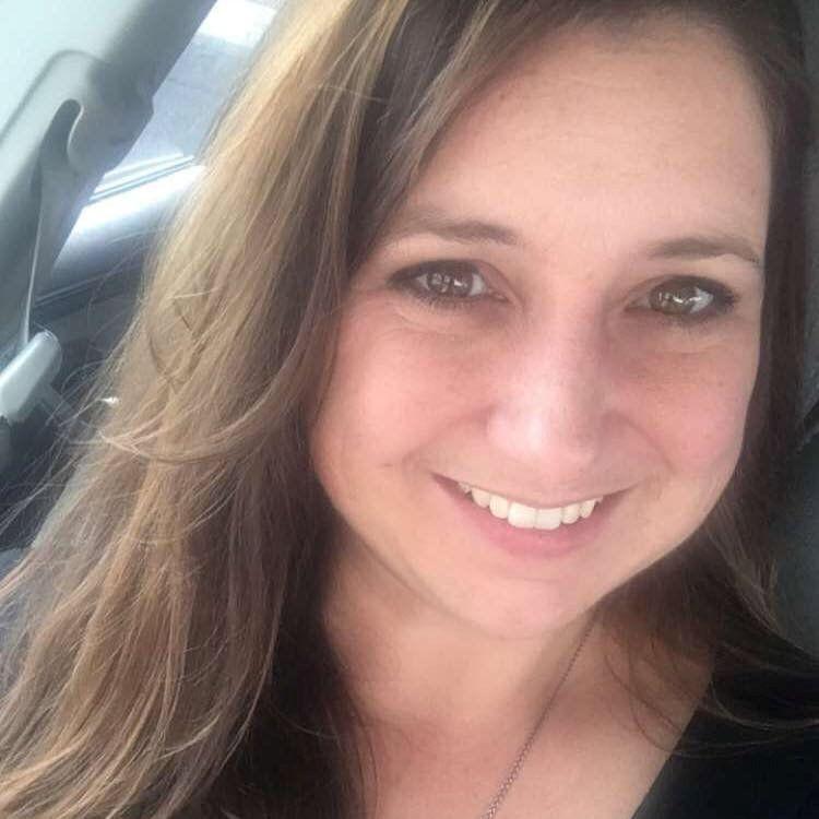 Selfie picture of Tara Elyse McNulty