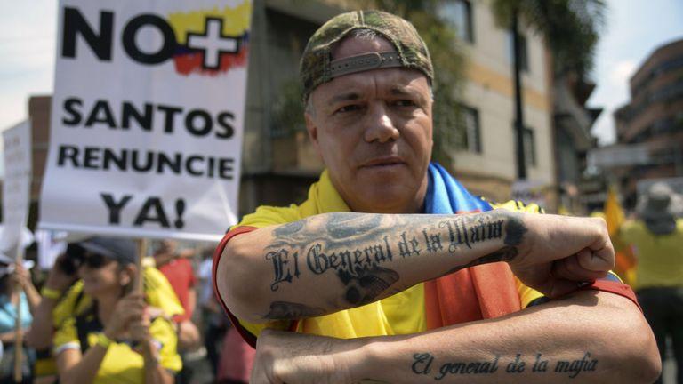 Popeye en protesta contra Santos