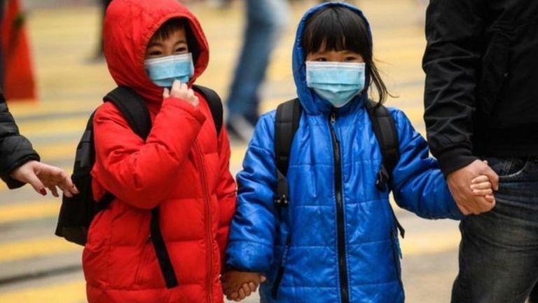 هونغ كونغ تقيد السفر إلى الصين وتوقف منح تأشيرات دخول