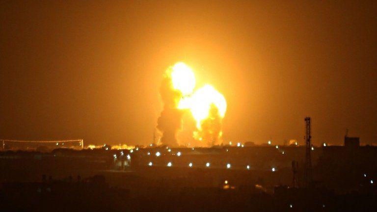 Fireball in Gaza after Israeli air strike (15/11/19)