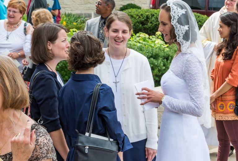 Consegración de Jessica Hayes. Foto de Today's Catholic/Joe Romie