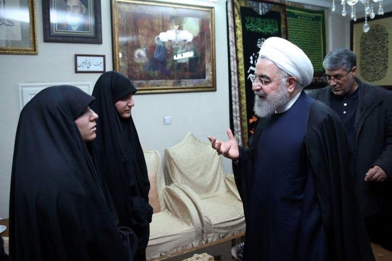 Роухани и дочери Сулеймани