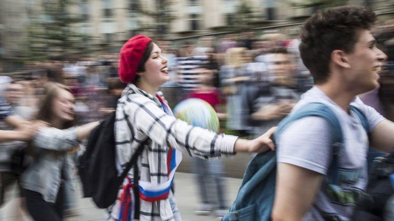 Протестующие на Пушкинской