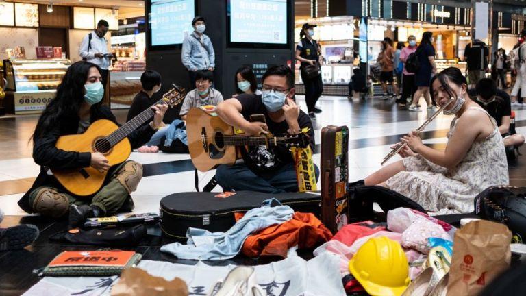 Giới trẻ Đài Loan tụ họp bày tỏ sự ủng hộ người biểu tình Hong Kong