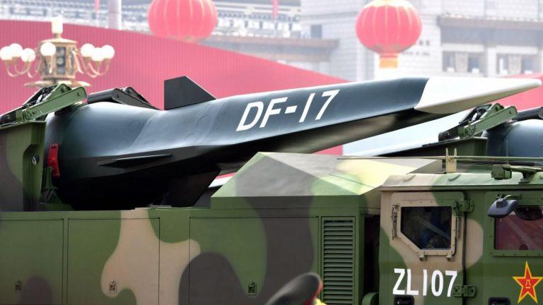 гиперзвуковое оружие на параде в Пекине, 1 октября 2019 г.