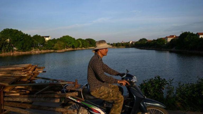 Việt Nam đang sống trong những ngày bớt lo vì Covid-19