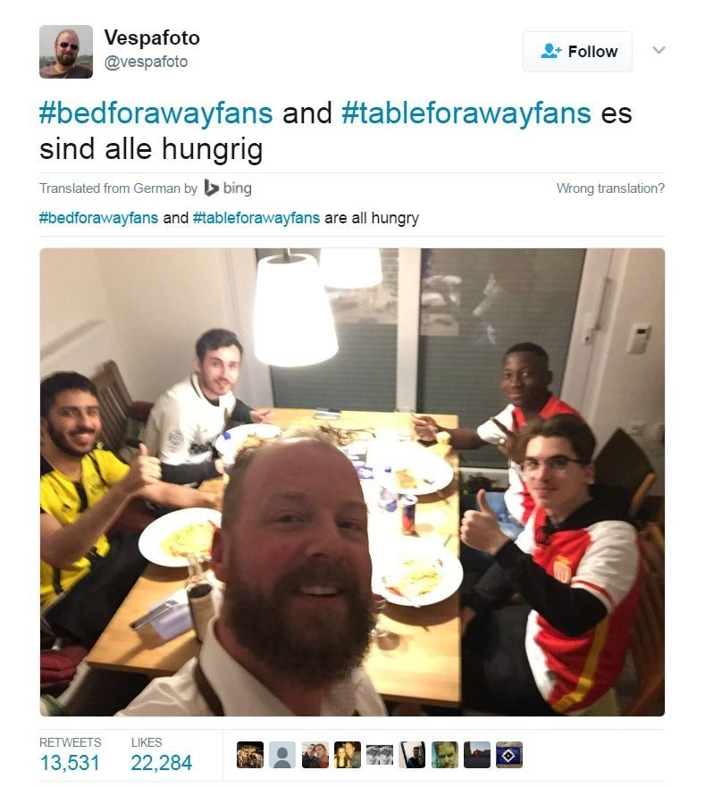 Tweet from @vespafoto: (In german) #bedforawayfans and #tableforawayfans - all are hungry.