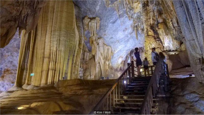 Ba trong số bốn hang động lớn nhất thế giới nằm ở tỉnh Quảng Bình. KIM I MOTT