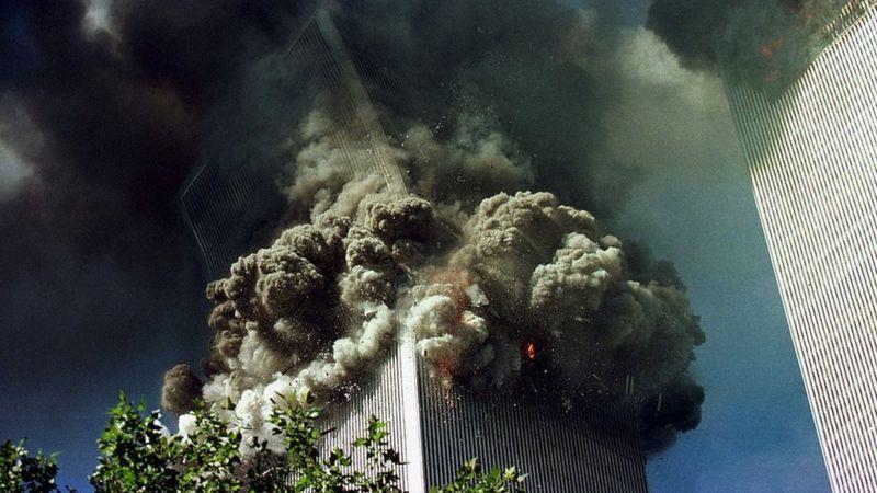 Южная башня обрушилась за 11 секунд