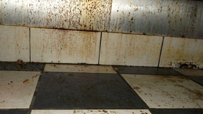 Dirty tiles