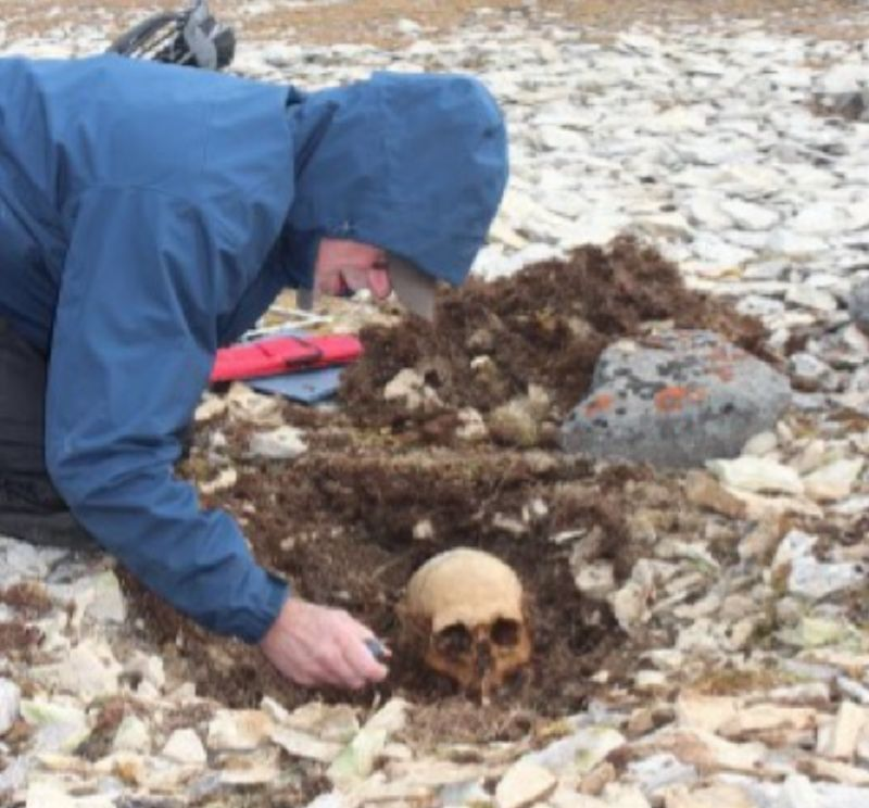 Douglas Stenton excavating an as-yet unidentified sailor whose remains were found with those of John Gregory