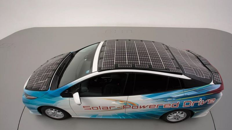 تویوتا پیروس با سقف خورشیدی