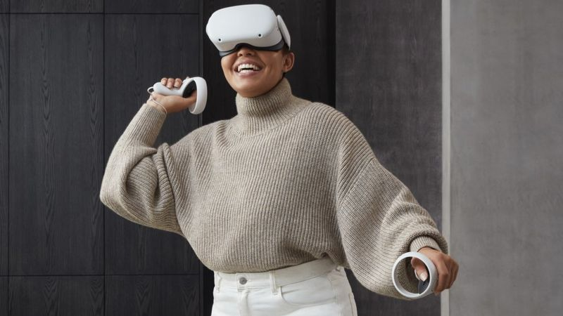 Facebook Boosts Power and Cuts price of VR Headset