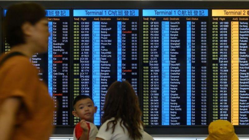 پروازها در فرودگاه هنگ کنگ اکنون از سر گرفته شده است