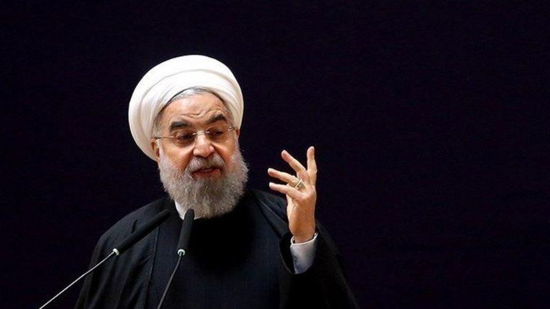 حسن روحانی می گوید ایران مجددا از روز پانزدهم آبان اجرای بخشی از تعهدات خود در برجام را کاهش می دهد