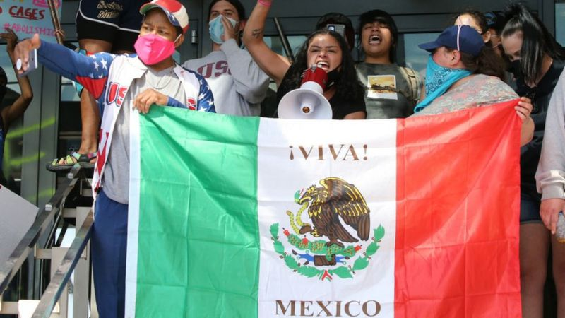 ICE whistleblower: Mexico investigating US immigrant 'sterilisations' _114572623_gettyimages-1226597098