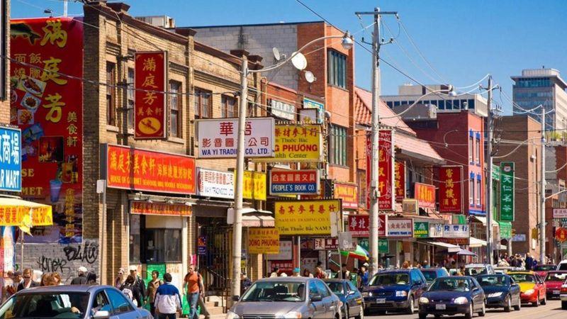 تورنتو: المدينة الكندية التي يتحدث سكانها 140 لغة - BBC ...