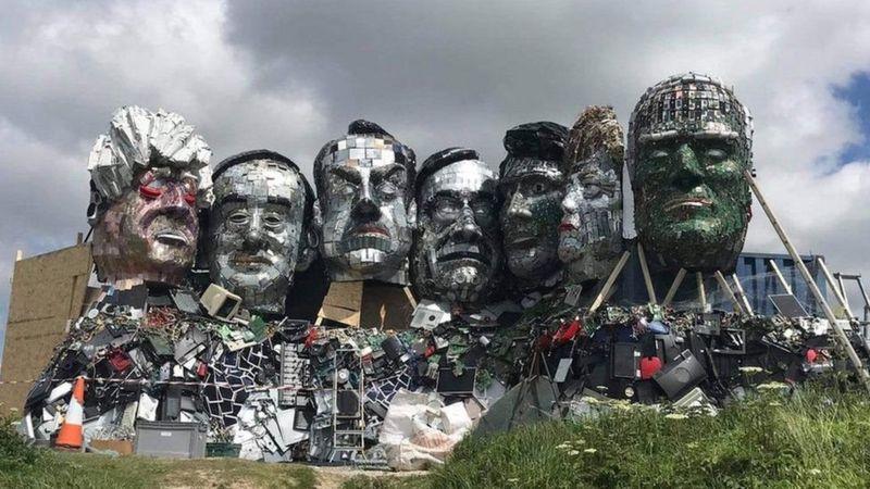 اثر یک هنرمند بریتانیایی برای جلب توجهها به زبالههای الکترونیک