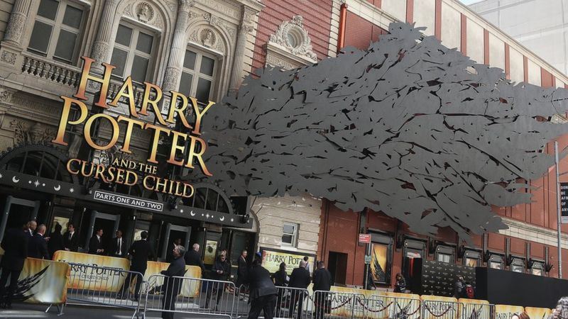 Harry-Potter-and-the-Cursed-Child-play