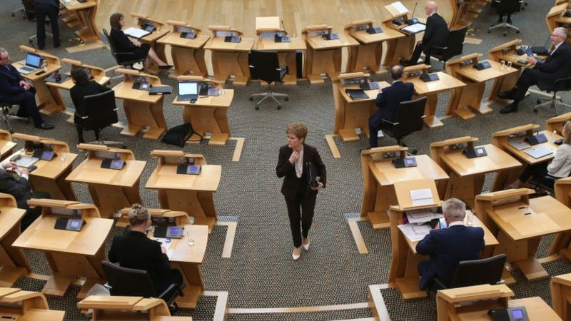 Covid in Scotland: Sturgeon to set out five-tier alert system _115028446_gettyimages-1228940545-1
