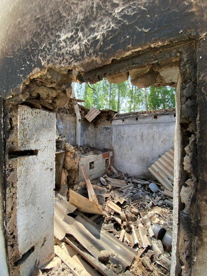 Kyrgyzstan-Tajikistan: Images of destruction after border clashes thumbnail