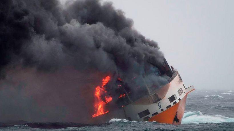 Grande America France braces for oil spill damage after ship blaze